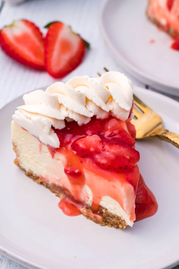 Instant Pot Strawberry Cheesecake