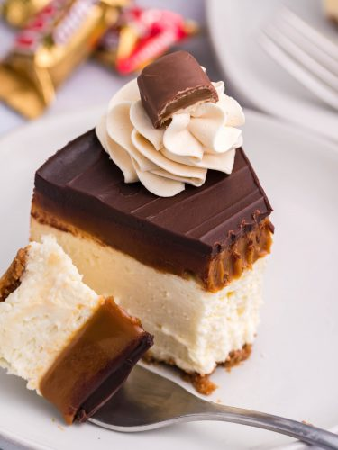 Instant Pot Twix Cheesecake #SummerDessertWeek